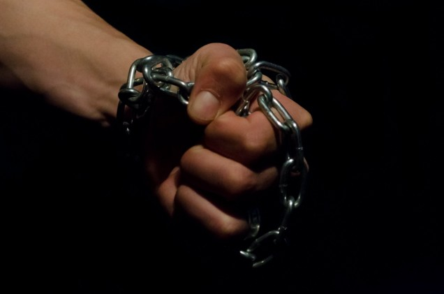 hand-in-chains